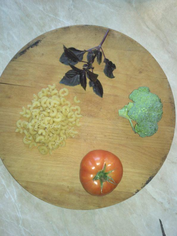 Ингредиенты для пасты с брокколи