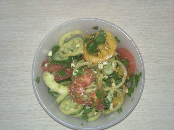свежий салат с собой