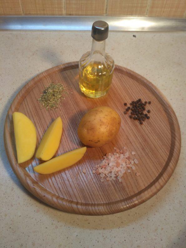 Ингредиенты для запеченного картофеля