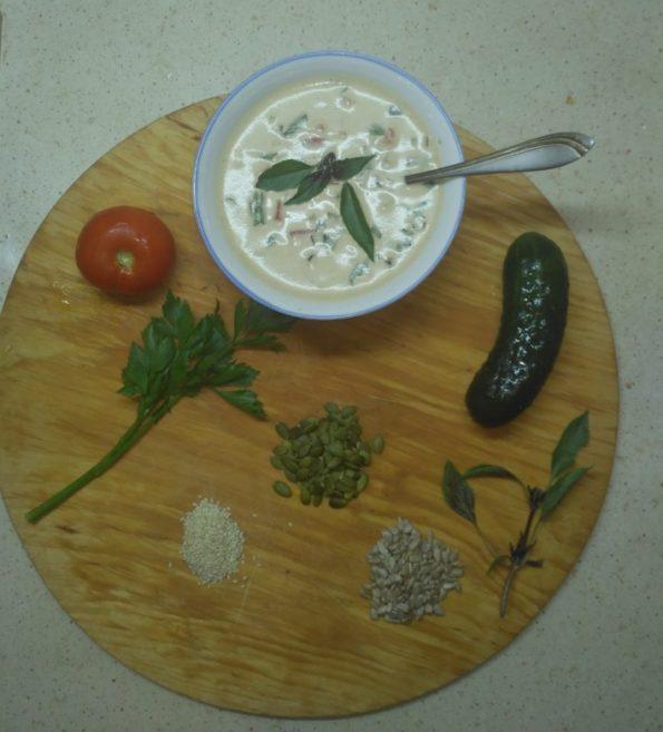 Ингредиенты для сыроедческой окрошки