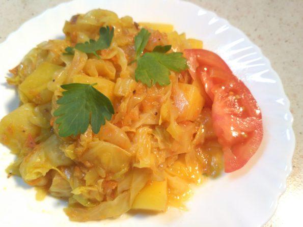 овощное рагу из белокочанной капусты и картофеля