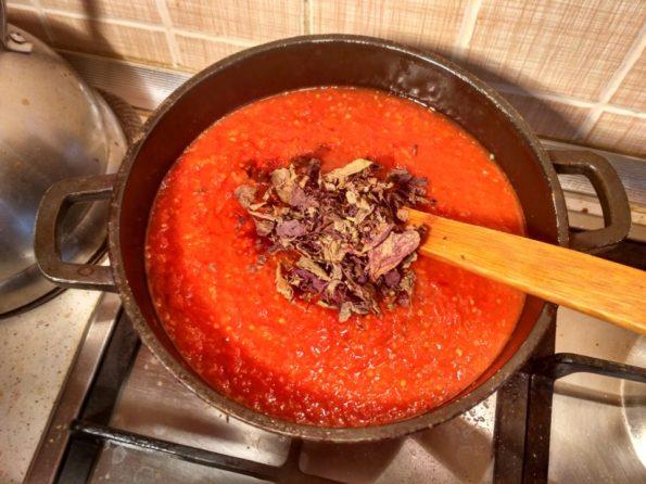 Готовим соус для шашлыка