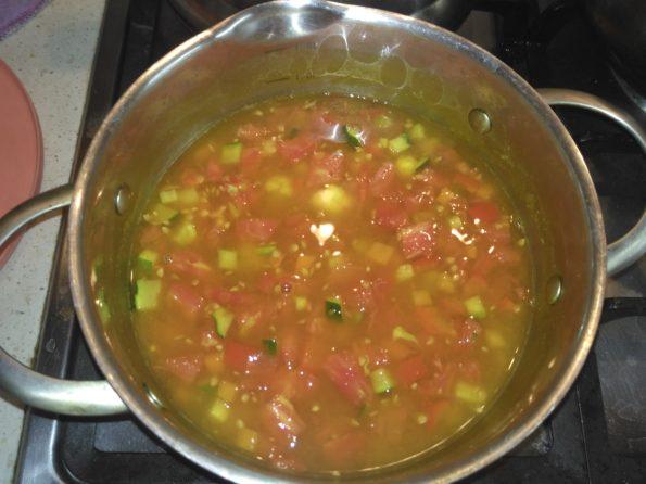 Варим овощной вегетарианский суп минестроне