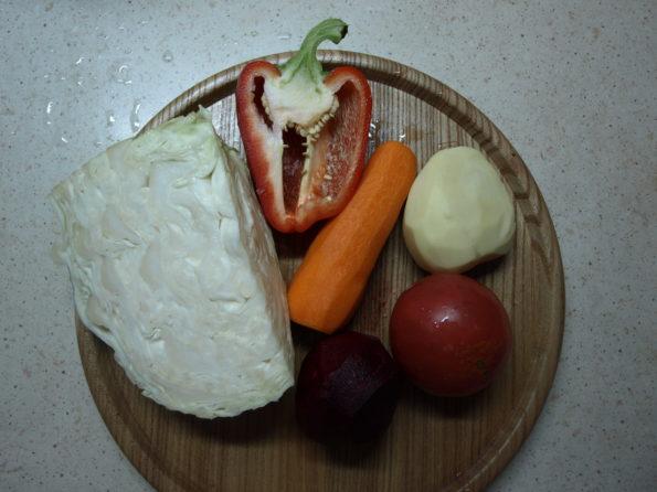 Ингредиенты для вегетарианского борща