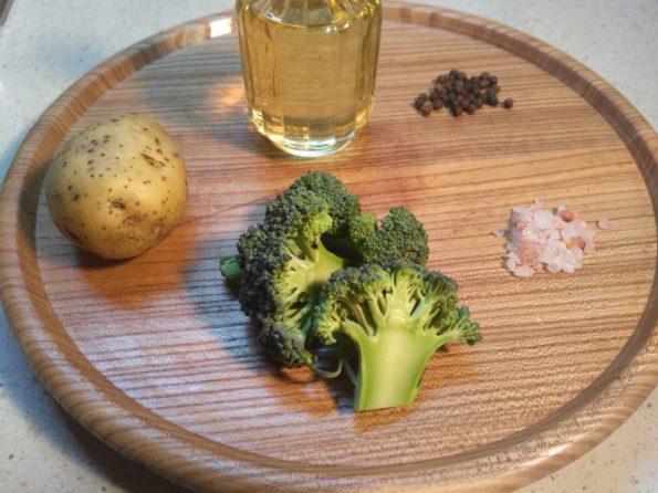 Ингредиенты для веганского супа с брокколи