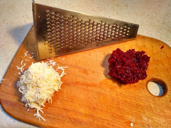 Готовим свекольный салат с домашним сыром