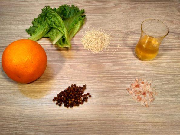 Ингредиенты для свежего салата с заправкой