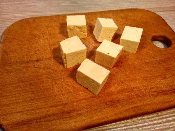 Режем тофу