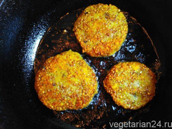 Готовим вегетарианские гречневые котлеты