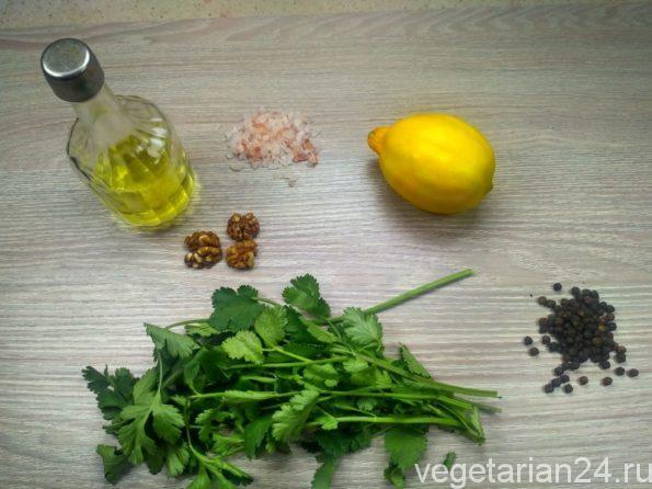Ингредиенты для зеленого соуса