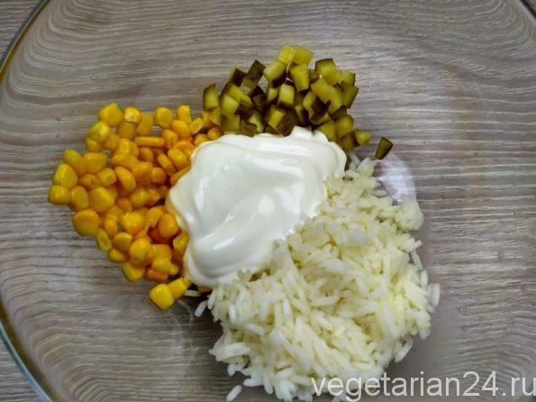 Готовим салат с рисом