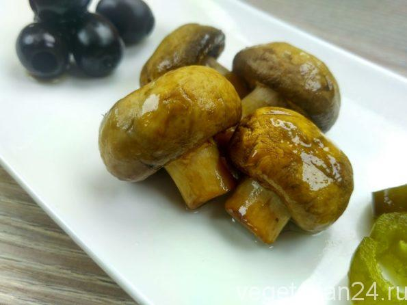 Маринованные грибы со специями за 20 минут