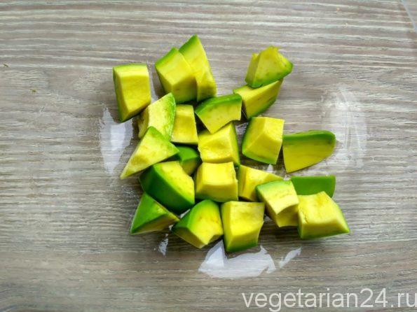 Готовим салат из авокадо